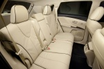 Picture of 2015 Toyota Venza Limited 4WD Rear Seats in Ivory