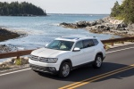 2018 Volkswagen Atlas SEL in Pure White - Driving Front Left Three-quarter View