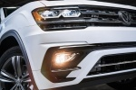 Picture of 2018 Volkswagen Atlas 2.0T SEL R-Line Headlight