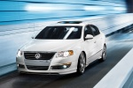 Picture of 2010 Volkswagen Passat Sedan 2.0T in Candy White