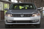 2013 Volkswagen Passat Sedan 3.6 SE in Tungsten Silver Metallic - Static Frontal View