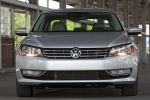 2014 Volkswagen Passat Sedan 3.6 SE in Tungsten Silver Metallic - Static Frontal View