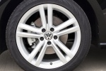Picture of 2014 Volkswagen Passat Sedan 1.8 SEL Rim