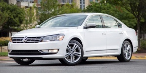 2014 Volkswagen Passat Reviews / Specs / Pictures / Prices