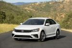 Picture of 2017 Volkswagen Passat 1.8T Sedan in Pure White
