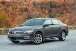 2018 Volkswagen Passat V6 Sedan in Platinum Gray Metallic - Static Front Left Three-quarter View