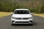 2018 Volkswagen Passat Sedan in Pure White - Static Frontal View