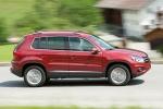Picture of 2015 Volkswagen Tiguan in Wild Cherry Metallic