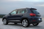 Picture of 2016 Volkswagen Tiguan in Night Blue Metallic
