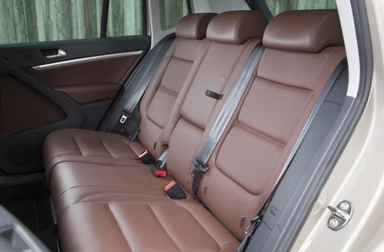 2017 Volkswagen Tiguan Rear Seats Picture