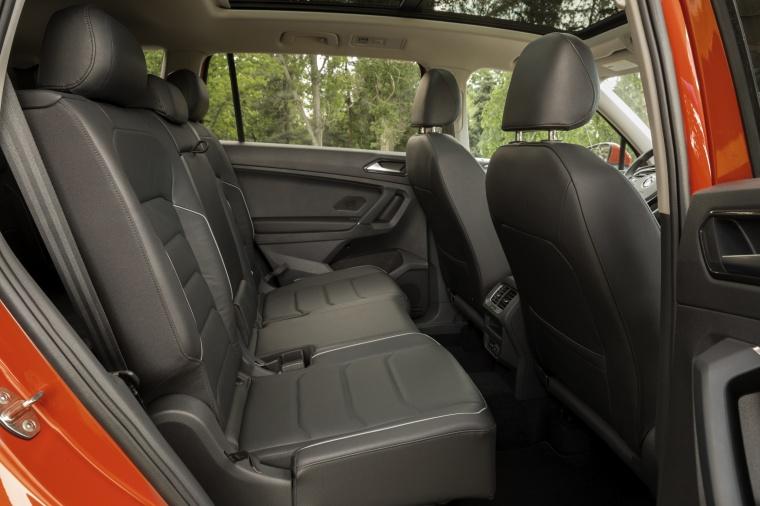 2019 Volkswagen Tiguan SEL Rear Seats Picture