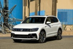 Picture of a 2019 Volkswagen Tiguan R-Line in Pure White from a front left perspective