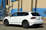 Picture of a 2019 Volkswagen Tiguan R-Line in Pure White from a rear left three-quarter perspective