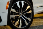 Picture of a 2019 Volkswagen Tiguan R-Line's Rim