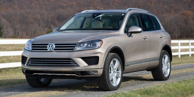 2015 Volkswagen Touareg Pictures