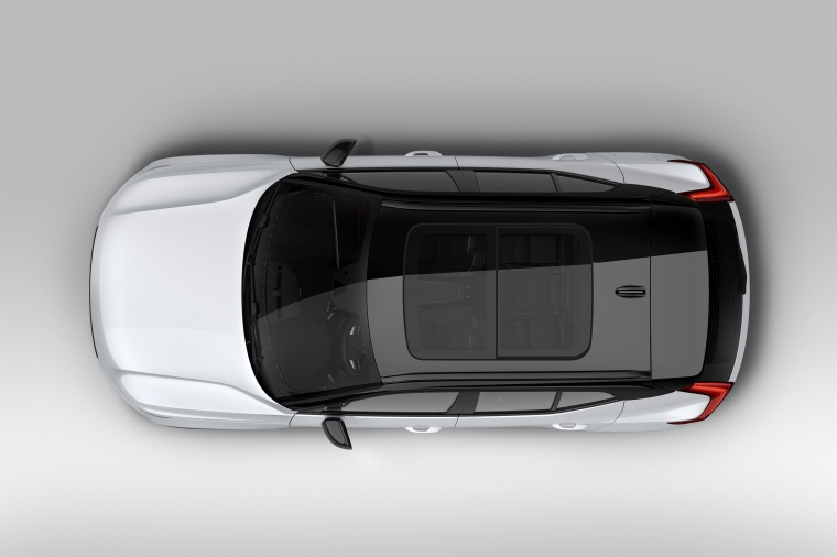 Picture of a 2020 Volvo XC40 T5 R-Design AWD in Crystal White Metallic from a top perspective