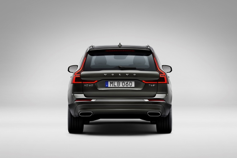 Picture of a 2019 Volvo XC60 T6 AWD in Pine Gray Metallic from a rear perspective